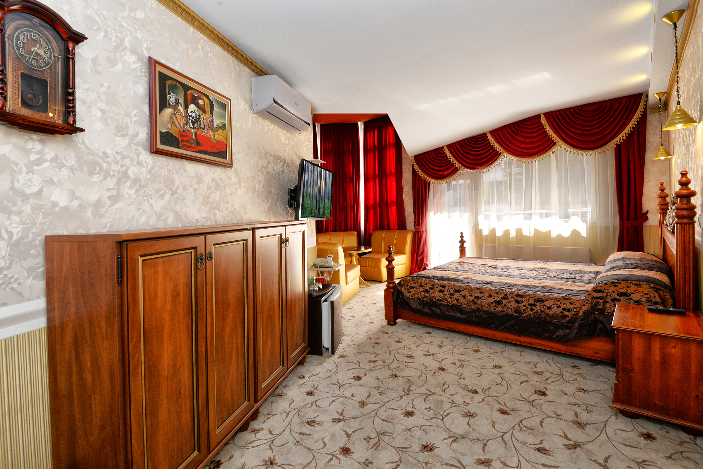 Saint Nikola Boutique Hotel